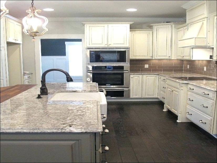 pair granite with cabinets
