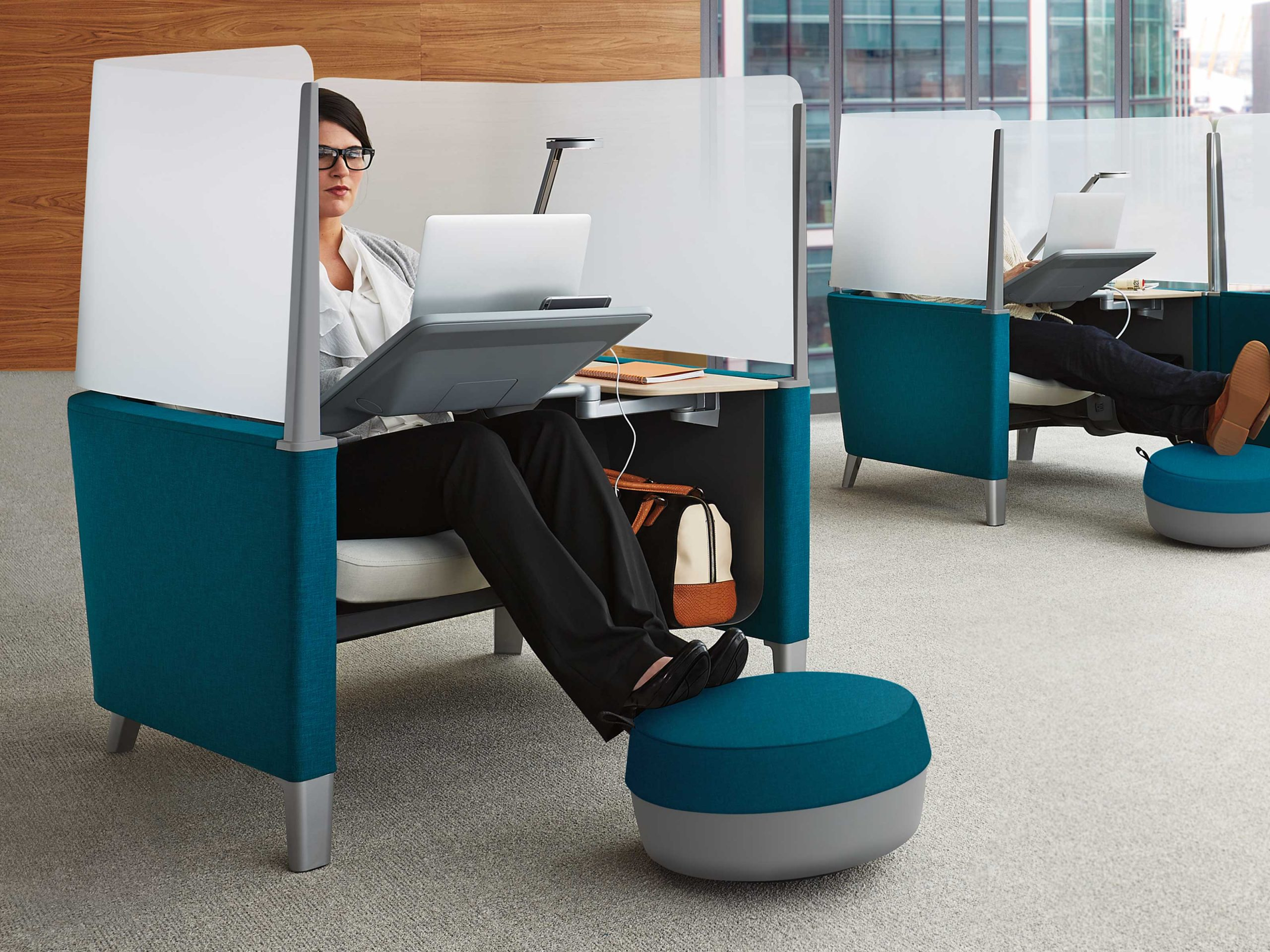 foot stool for desk at work