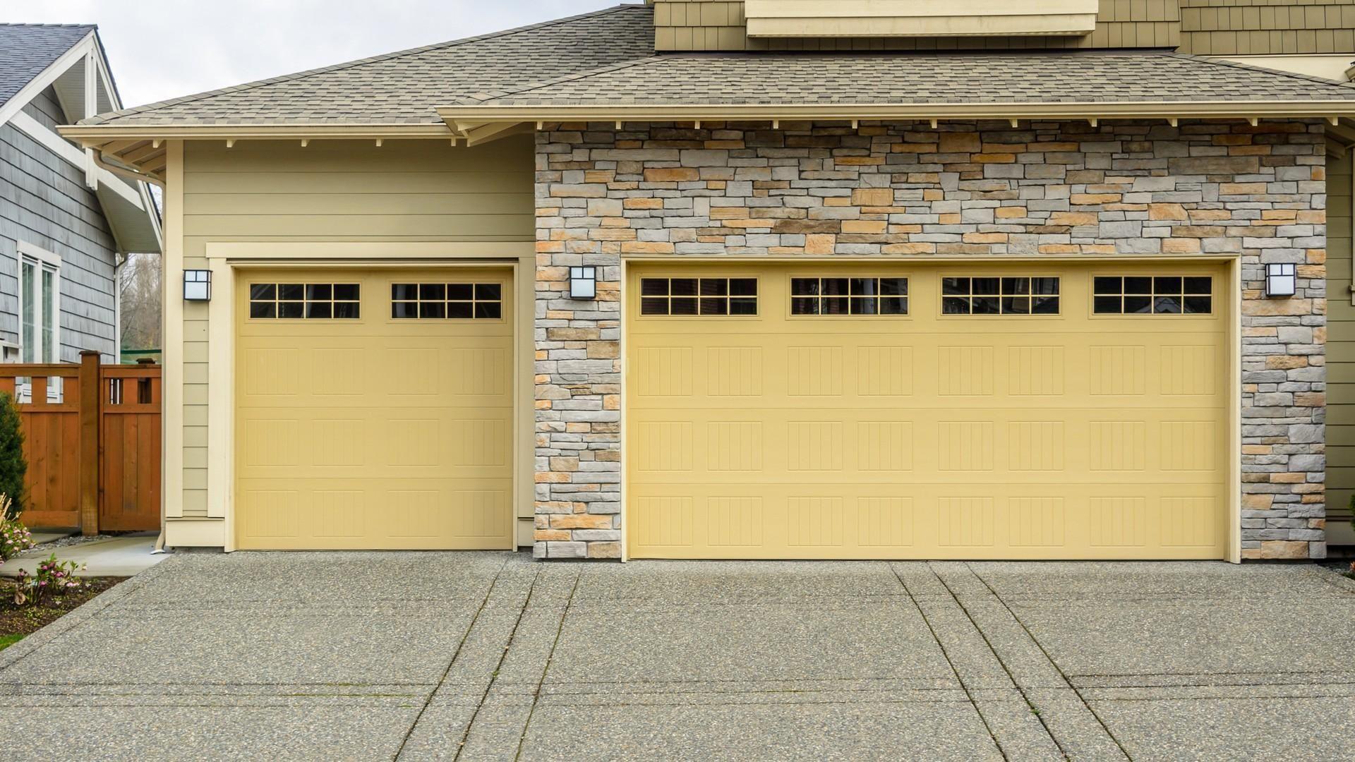 garage doors canada